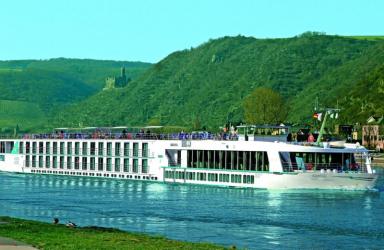 """Круиз по Дунав: """"Коледно очарование в три европейски столици"""""""